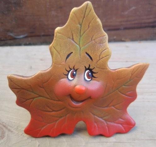 Canadian_smiling_leaf